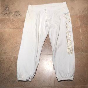NWOT Pink sweatpants with cute jewel print